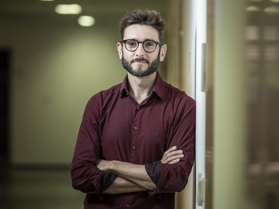 Česká firma vyvinula pomůcku, která pomáhá ochrnutým znovu na nohy